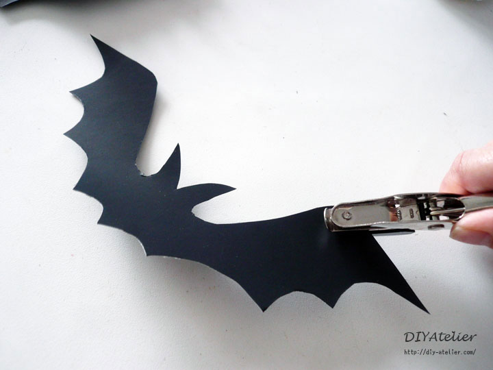 bat_garland03