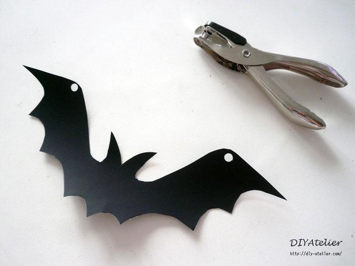 bat_garland04
