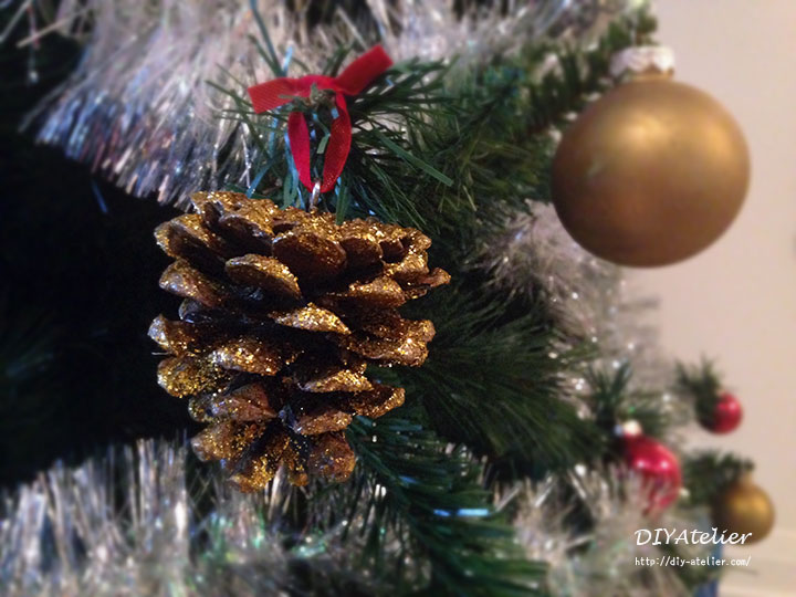 pinecone_glitter_ornaments01